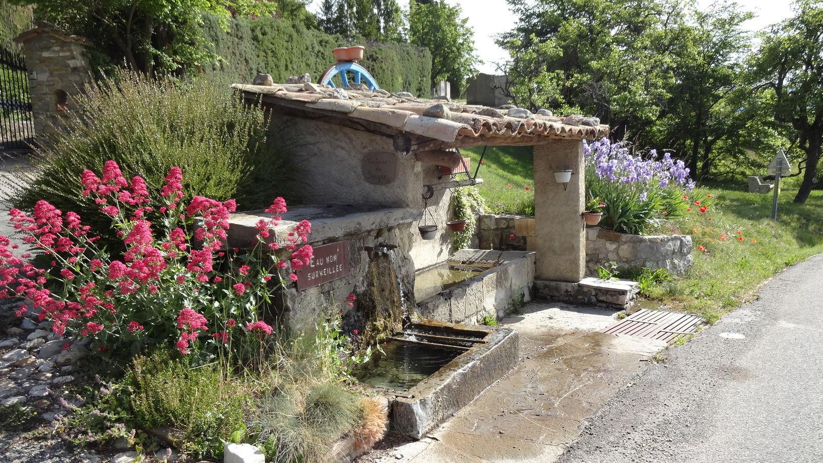 Fontaine de Trescleoux